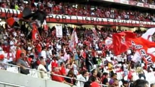 Benfica vence Arsenal por 2-1  Eusébio Cup 5