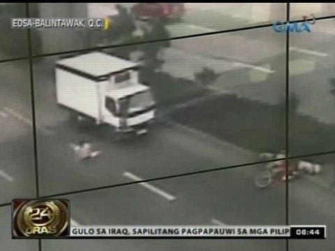 24 Oras: Pagsalpok ng motorsiklo sa isang babaeng tumatawid sa EDSA Balintawak, na-hulicam