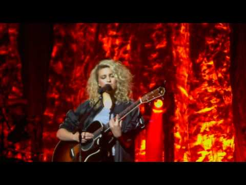 Tori Kelly House Of Blues Boston Cover Medley 4/30/16