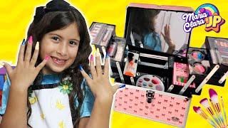 Maria Clara  pede ao JP roupas, sapatos e brinquedos para o Carnaval