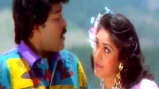 Tota Mere Tota - Chiranjeevi, Meenakshi Seshadhri, Aaj Ka Goondaraaj Song