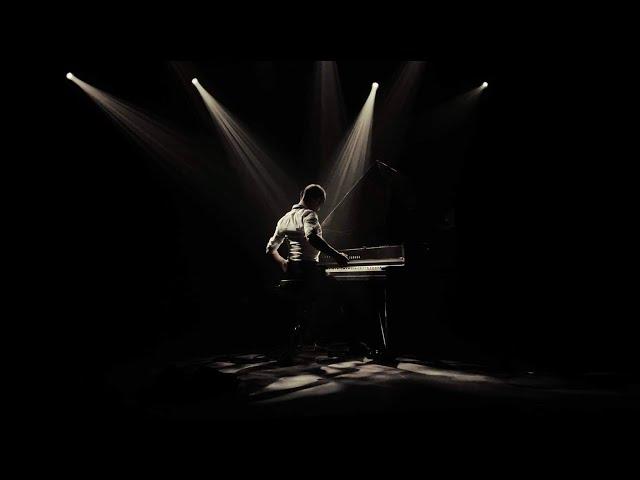 Romain Dubois Piano Solo - UNA BESTIA Teaser