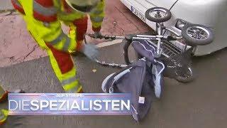 Gefährliche Notbremsung: Busfahrer rast in Kinderwagen | Auf Streife - Die Spezialisten | SAT.1 TV