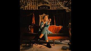 Mary Bach - Alice (Clip)