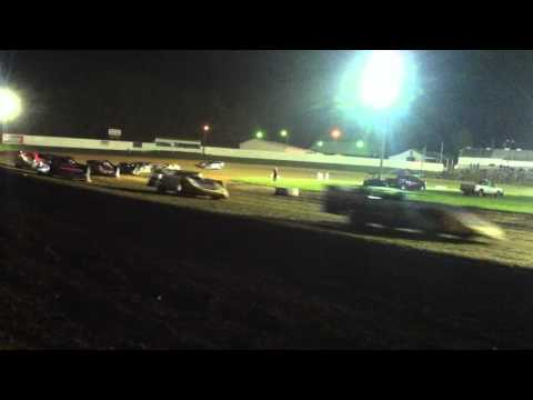 Brownstown Speedway 4/23/16 Battle of the Bluegrass (part 1) Dirt Latemodels