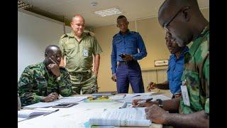 Forsvaret lærer afrikanerne at bekæmpe pirater