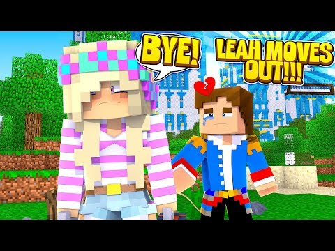 Minecraft LITTLE DONNY KICKS LEAH OUT OF THE PALACE!!!
