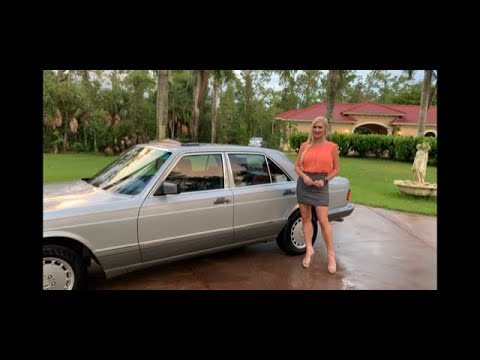 WOW! 1990 Mercedes-Benz 300SE W126 FOR SALE By: AutoHaus Of Naples ~ Review W/MaryAnn!