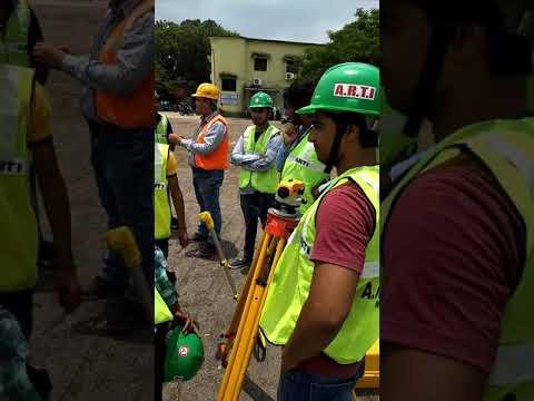 Land surveyor Practical Video in Jalmshedpur