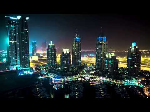 Video: Dubai in 20,000 photographs
