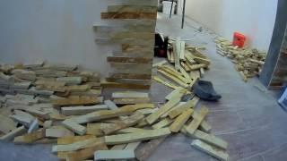 видео Ненатуральные материалы в изготовлении межкомнатных дверей и материалы декора