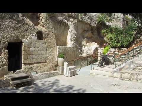 Garden Tomb (Skull Hill Gordon's Calvary) Jerusalem - The tomb of Jesus