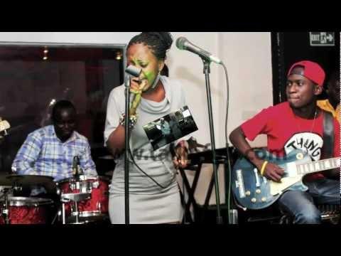 @NANA_ADEZ FT. @STONEBWOY_B - 'BUDIIN' SILENCE (PICTURE VIDEO)