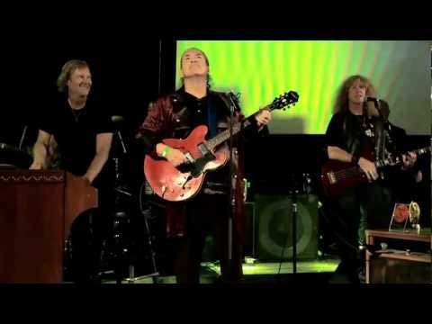 Mike Pinera & Real Rock Legends perform Ride Captain Ride at The 2011 Malibu Music Awards
