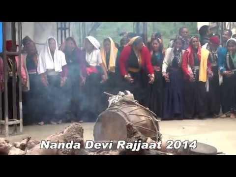 Nanda Devi Rajjat - Traditional dance at Waan