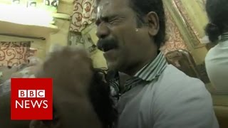 Indian barber famous for 'cosmic' head massages   BBC News