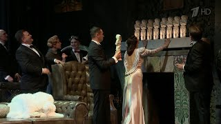 Более чем долгожданными премьерами открывает сезон Московский театр Олега Табакова.