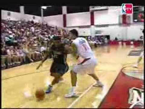 Rudy Gay Dunks on Yi Jianlian NBA 2007 Summer League