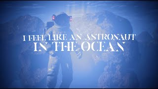 Masked Wolf - Astronaut In The Ocean (Official Lyric Video)