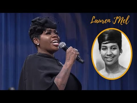 """Fantasia Sings """"Precious Lord Take My Hand"""" At Funeral Of Aretha Franklin"""