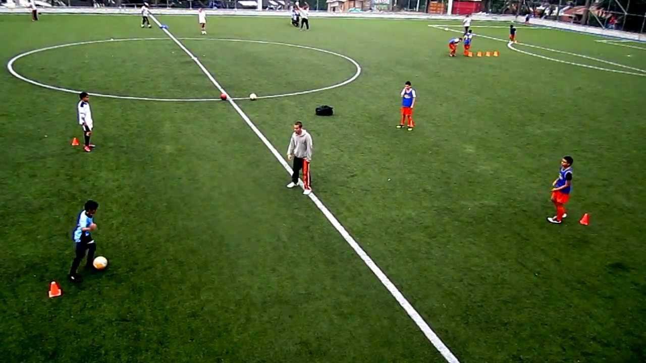 Circuito Tecnico Futbol : Circuito tecnico con balon estaciones youtube