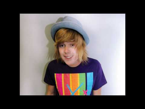 happy- NeverShoutNever +download