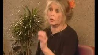 Brigitte Bardot critique Catherine Deneuve (2005)