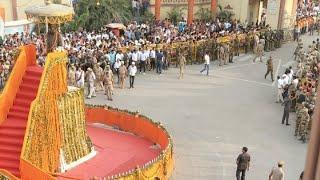 #KashiboleNamoNamo   Varanasi Welcome Narendra Modia