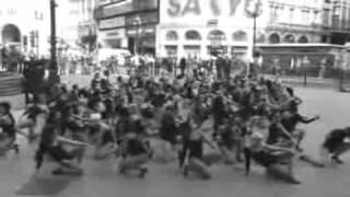 Beyonce Picadilly Circus