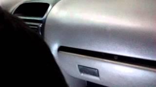 Essa é central do vidro - alarme original Chevrolet Astra fica logo abaixo na curva da coluna
