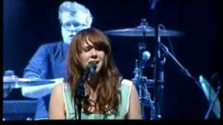 Kate Nash - Shit Song - Live in Paradiso