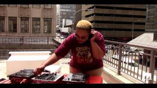 Deejay Linc with your #LunchTymMix #BestBeatsTv