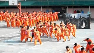 "Dancing Inmates performing Michael Jackson's ""Thriller"" at Cebu Prison - October 2011 (Full Version)"