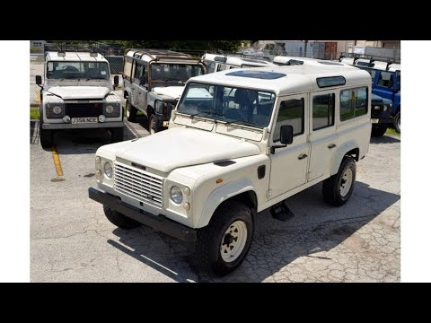exceptional condition 1990 Land Rover Defender County Station Wagon offroad (photo slideshow)