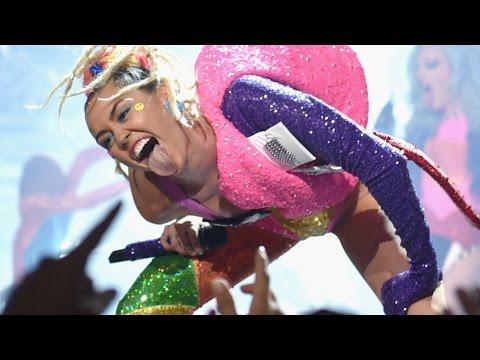 Miley Cyrus 'Dooo It' 2015 MTV VMA Performance & Drops New Album