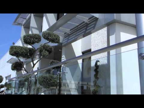 Fachadas plegables y parqueables youtube for Casa moderna minimalista 6 00 m x 12 50 m 220 m2