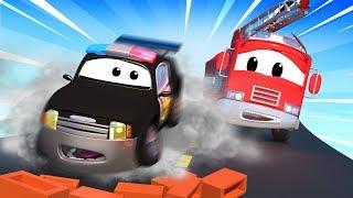 A Super Patrulha: caminhão de bombeiro & carro de polícia, e Mistério dos tijolos na estrada