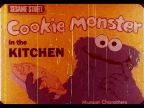 Fisher-Price Movie Viewer - Cookie Monster In The Kitchen