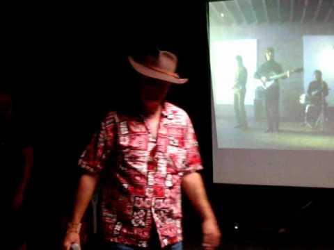 karaoke Daytripper Kenta