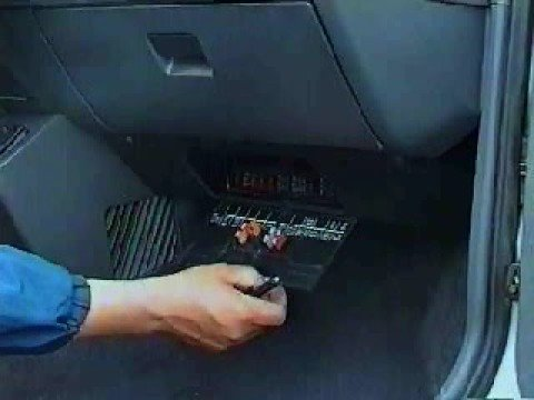 2008 chevy trailblazer fuse box la caja de fusibles youtube  la caja de fusibles youtube