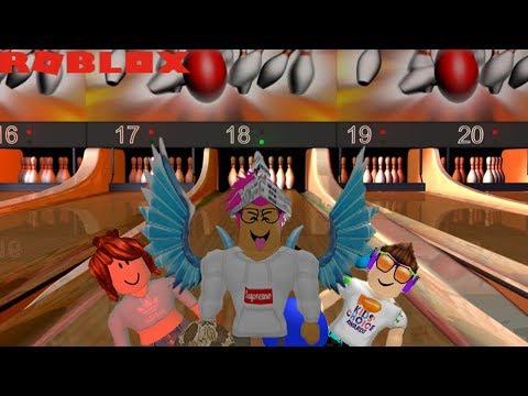 BOWLING A PERFECT GAME IN ROBLOX! (RO BOWLING)