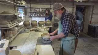 SIMON LEACH POTTERY TV - A visit to brother John