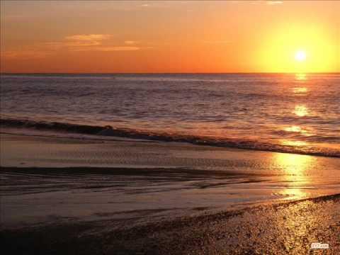 Righeira - Vamos a la playa (New version of song) - Beach Compilation