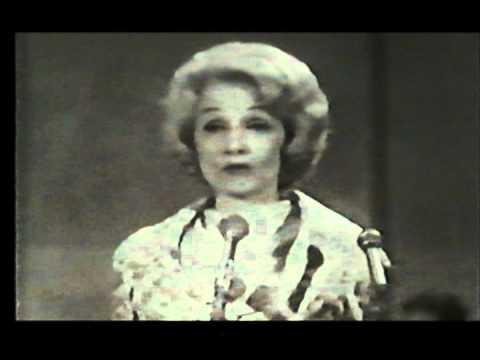 """Marlene Dietrich UNICEF GALA 1962 """" sag mir wo die Blumen ..."""