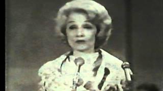 """Marlene Dietrich UNICEF GALA 1962 """" sag mir wo die Blumen sind """""""