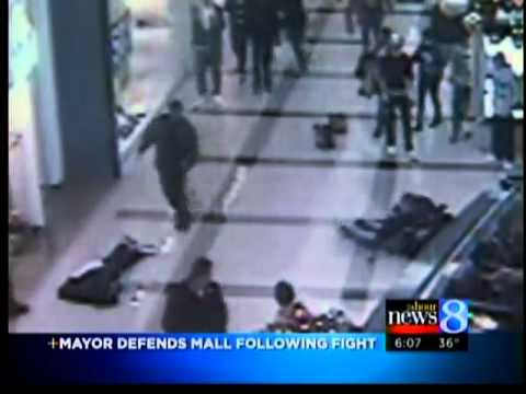 Video shoes ruckus at Woodland Mall