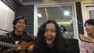 Svmmerdose - Iqbaal Ramadhan Rinrin Agy - Live di Radio