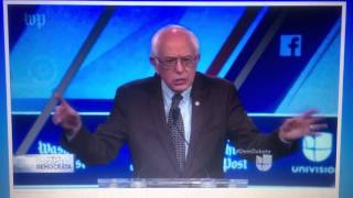 Bernie Sanders gets Standing Ovation at Miami Debate!