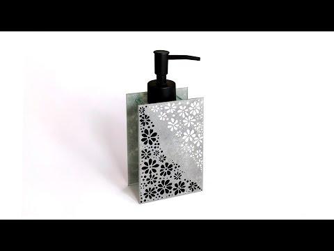 Szappanadagoló üvegfestéssel // Soap dispenser with glass painting