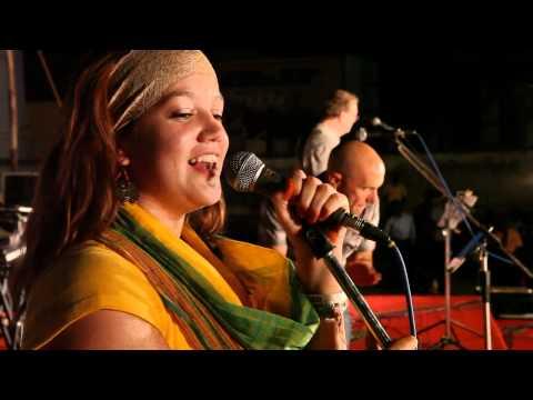 Jai Ho sung by Americans (GCC-Granger Community Church)